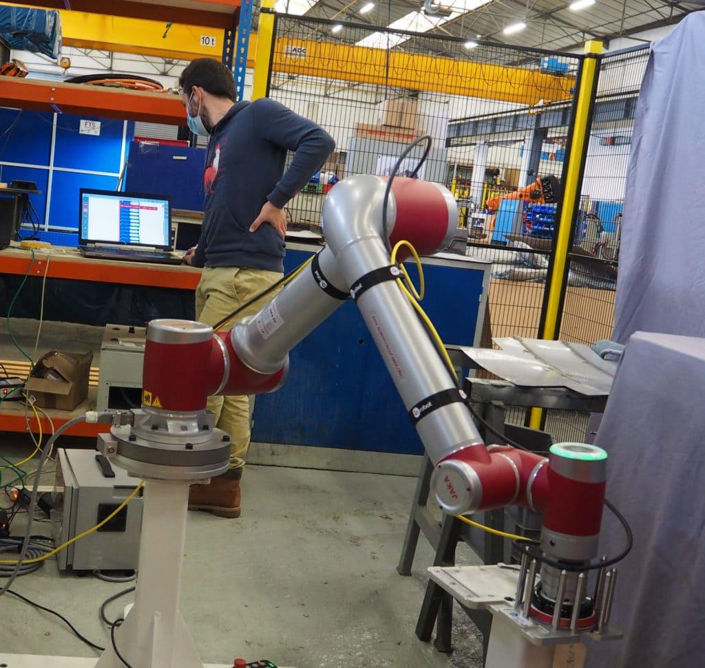 JAKA 12 Ponceuse OnRobot